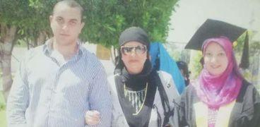 الأم المثالية عن بني سويف: زوجي مات قبل رؤية ابنه