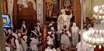 البابا تواضروس يدشن كنيسة القديسين