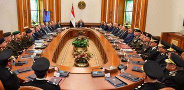 الرئيس يوجه بالتنسيق بين كافة الجهات المعنية بملف الأراضي المستردة