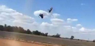 السماء تمطر فئران.. مقطع فيديو يثير الرعب لظاهرة غريبة في أستراليا