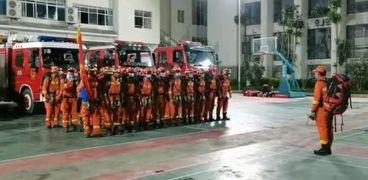 عناصر من قوات الإطفاء الصينية