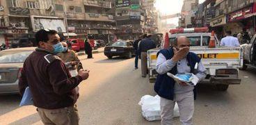 حملات تنفيذية لردع مخالفي مرتدي الكمامة وتوزيعهالغير القادرين بطنطا