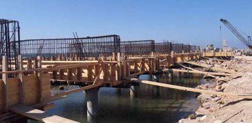 محافظة الإسكندرية : إنجاز ٣٠٪ من مشروع حماية الشواطئ حول قلعة قايتباي