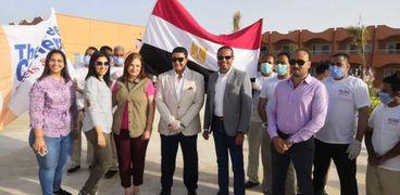 عدد من نزلاء فندق مرسى علم يودعون الحجر الصحى