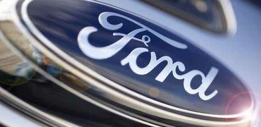 العلامة التجارية لسيارة فورد