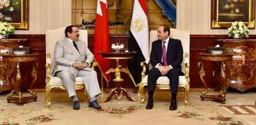 الرئيس السيسي والملك حمد بن عيسى