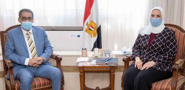 اجتماع سابق لنقيب الصحفيين ووزيرة التضامن