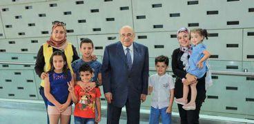 """بالصور: مدير مكتبة الإسكندرية يستقبل أسرتي """"المنسي"""" و""""الشبراوي"""""""