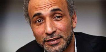 حفيد مؤسس جماعة الإخوان الإرهابية طارق رمضان