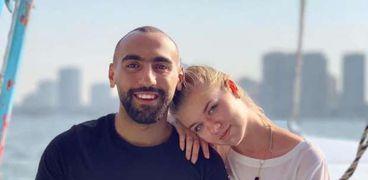 عمرو وزوجته فيكتوريا
