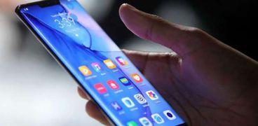 هاتف جديد يمنع التقاط صور سيلفي عارية