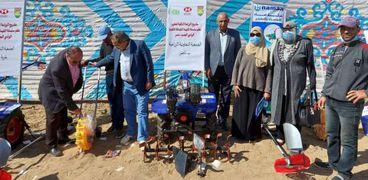 بحوث الصحراء ينظم الملتقى العلمى بالوادي الجديد ويوزع آلات زراعية مجانا