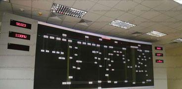 محافظ قنا: مركز تحكم «كهرباء نجع حمادي» يراقب 98 محطة بالصعيد