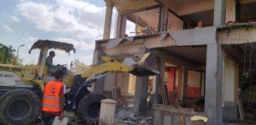 «الإسكان» تشن حملات لإزالة الإشغالات وضبط المخالفات في الشروق والعاشر
