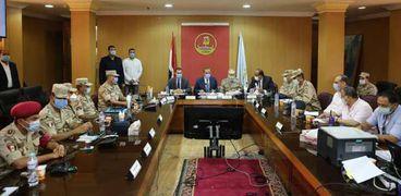 """محافظ كفر الشيخ يتابع سير إعادة"""" الشيوخ"""" من غرفة العمليات"""