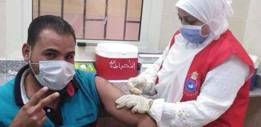 تطعيم لقاح كورونا للمواطنين
