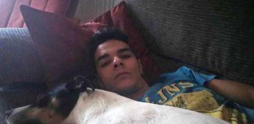 الشاب والكلب
