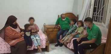"""""""التضامن"""": فريق """"أطفال بلامأوي"""" ينقذ 4 اخوات ببني سويف"""