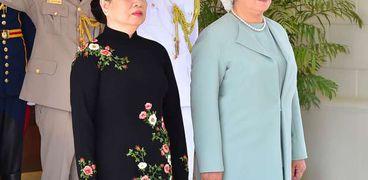 قرينة الرئيس السيسي وزوجة الرئيس الفيتنامي
