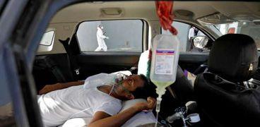 أحد مصابي فيروس كورونا في الهند