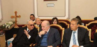 بهاء أبوشقة رئيس حزب الوفد خلال زيارته للمقر البابوي بالكاتدرائية المرقسية بالعباسية
