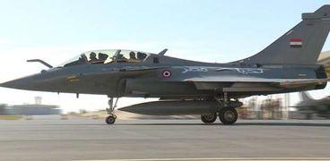 عاجل.. مصر وفرنسا توقعان عقد توريد 30 طائرة طراز رافال