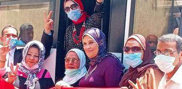 مسيرة بوسط الإسكندرية لحث المواطنين للمشاركة