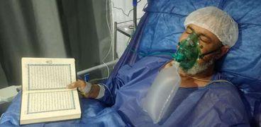 «مسن» توفى في مستشفى العزل وهو يردد القرآن