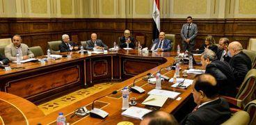 جانب من اجتماعات مناقشة لائحة مجلس الشيوخ