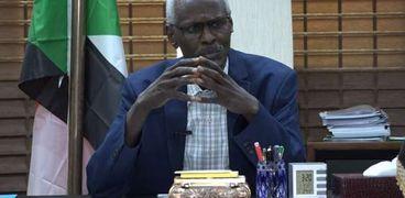 وزير الري والموارد المائية السوداني الدكتور ياسر عباس