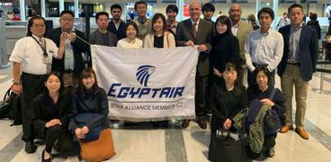 مصر للطيران تحتفي بالوفد الياباني