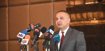 الدكتور أحمد كمالي
