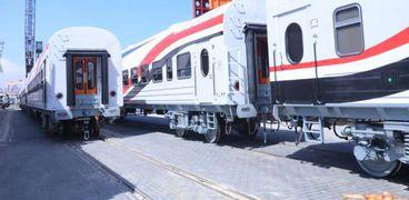 وصول عربات القطارات الروسية الجديدة ميناء الإسكندرية
