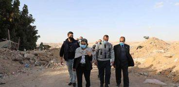 وزيرة البيئة في جولة تفقدية للتخلص من المخالفات في القاهرة