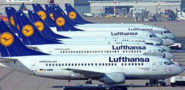 """أسطول من طائرات شركة """"لوفتهانزا"""" الأمانية"""