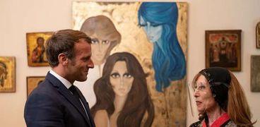 الفنانة فيروز والرئيس الفرنسي إيمانويل ماكرون