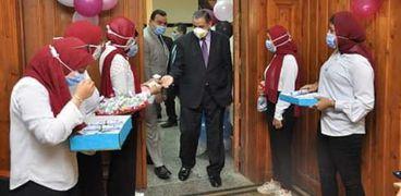 رئيس جامعة كفر الشيخ يتسقبل طلاب تربية رياضية الجدد