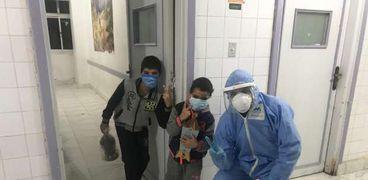 فوانيس وهدايا للأطفال المصابين بكورونا