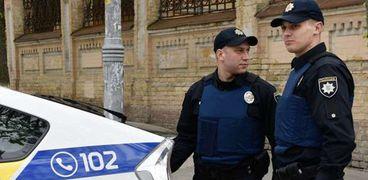 عناصر من الشرطة الأوكرانية