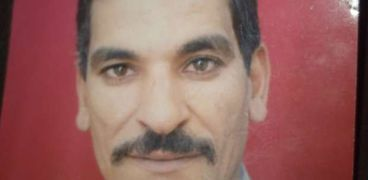 عباس حسن والد الطالبة
