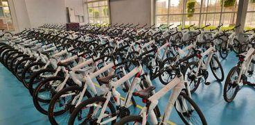 عدد من أنواع الدراجات التي تطرحها وزارة الشباب في المبادرة