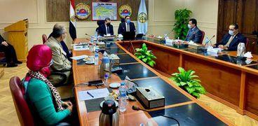 جانب من إنعقاد مجلس جامعة مطروح بحضور محافظ مطروح
