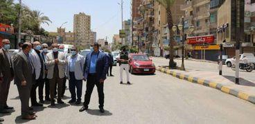 محافظ بني سويف يتفقد ميدان الشهيد محمد هارون