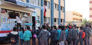 خلال حملات لتوعية طلاب المدارس لترشيد استهلاك المياة في اسيوط