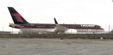 طائرة ترامب من طراز بوينج 757