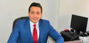 الدكتور محمد التوني