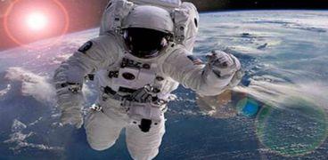 ، طورت شركة روسية أحذية خاصة لتدريبرواد الفضاء على انعدام الجاذبية