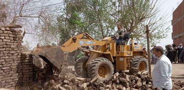 محافظ المنوفية: إزالة فورية لـ50 حالة تعد على الأراضي الزراعية