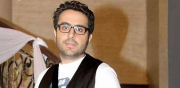 أحمد فايد مطرب السوشيال ميديا