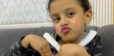 الطفلة ريتان نجمة يوميات عائلة ملسوعة